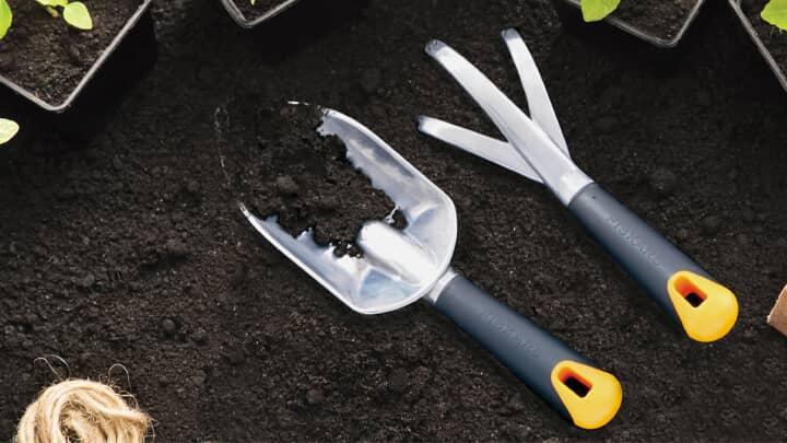 Save 30% Fiskars Yard & Garden Tools