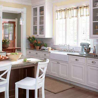 Here S How To Paint Your Kitchen Cabinets Home Hardware Home Hardware