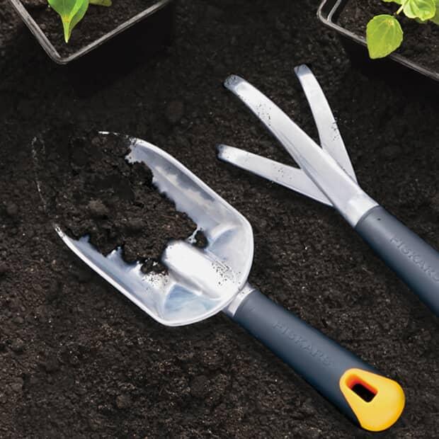 Économisez 30 % Outils pour la cour et le jardin Fiskars*