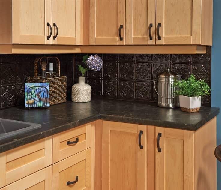 Armoires, comptoirs et meubles-lavabos