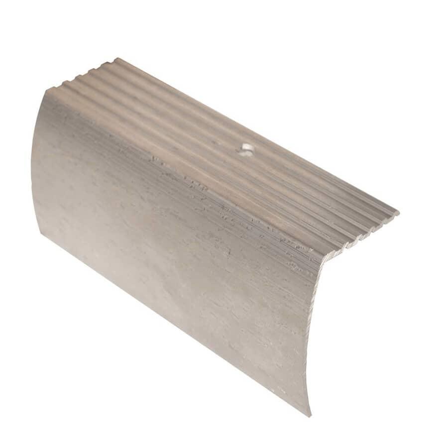 SHUR-TRIM:Moulure de nez de marche argent poli, 1-3/8 po x 3 pi