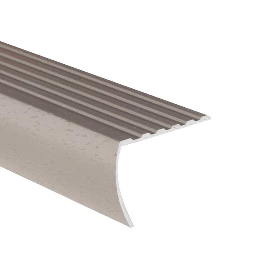 SHUR-TRIM:Moulure de nez de marche titane martelé, 1-3/8 po x 6 pi