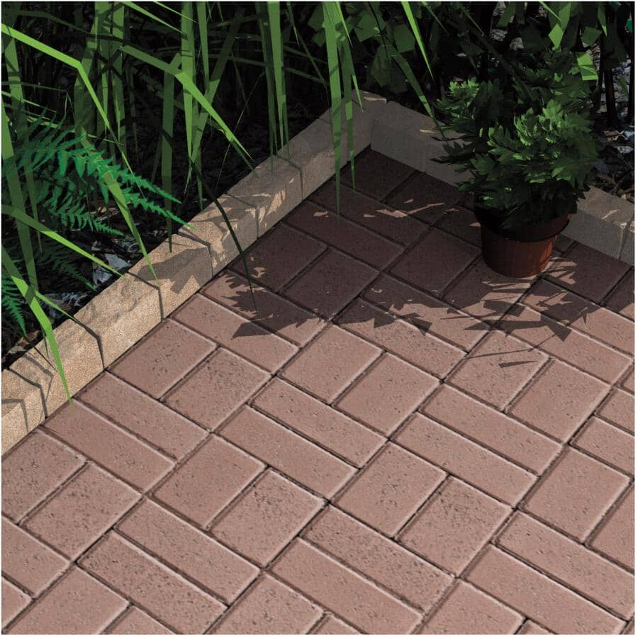 """PERMACON:3-1/8"""" x 3-1/8"""" x 11-13/16"""" Stratus Beige and Black Curb - Earth Blend"""