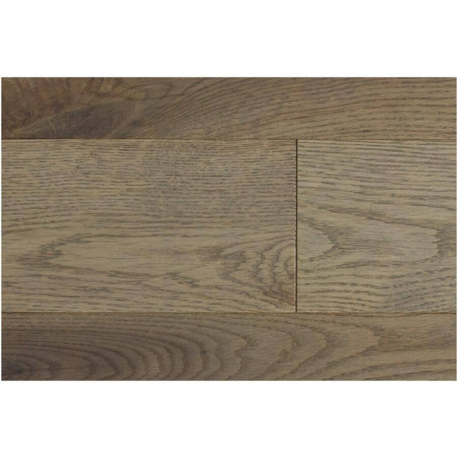 """GOODFELLOW:Originals Nature Collection 3/4"""" x 4-1/4"""" Wire Brushed Red Oak Hardwood Flooring - Artisan, 19 sq. ft."""