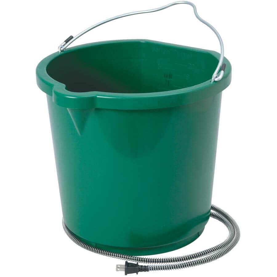 FARM INNOVATORS:5 Gal Oversized Flat Back Heated Bucket