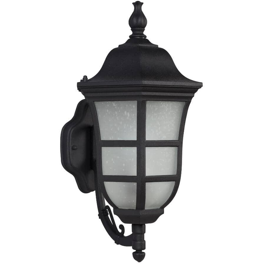 GALAXY:Lanterne murale extérieure de 18,75 po orientée vers le haut avec verre givré et perlé, noir