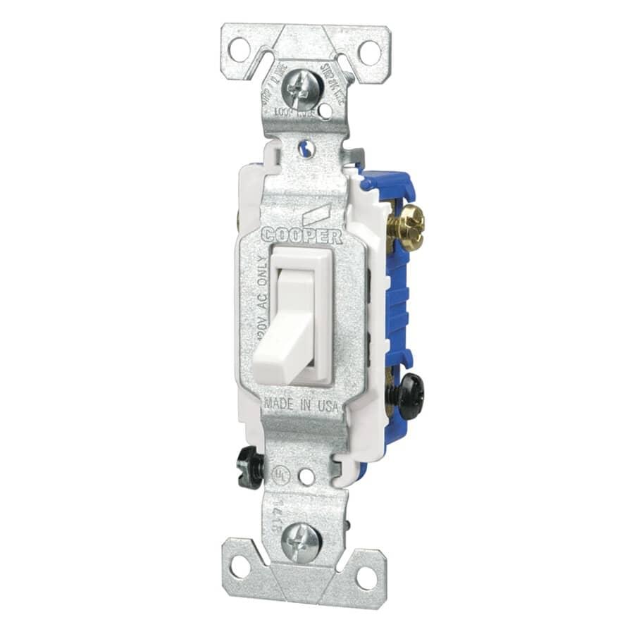 EATON:3 Way Illuminated White Toggle Light Switch