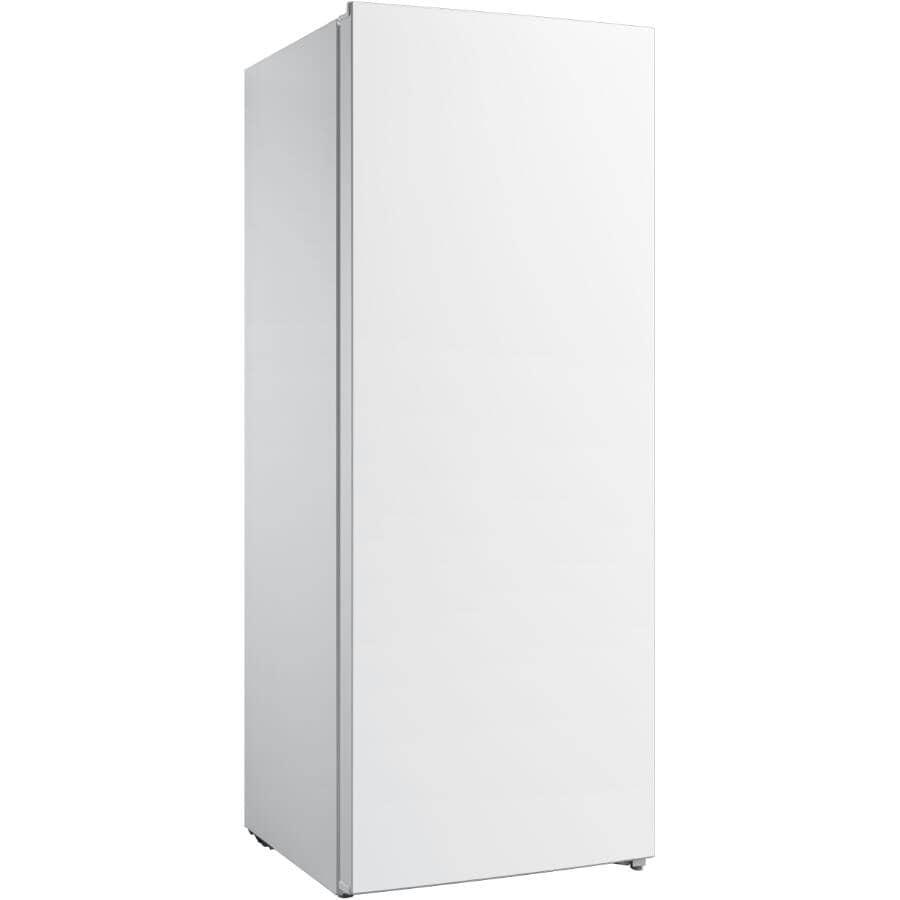 CLASSIC:Vertical Freezer (CUD7DSWBR1RCM) - White, 7 cu. ft.