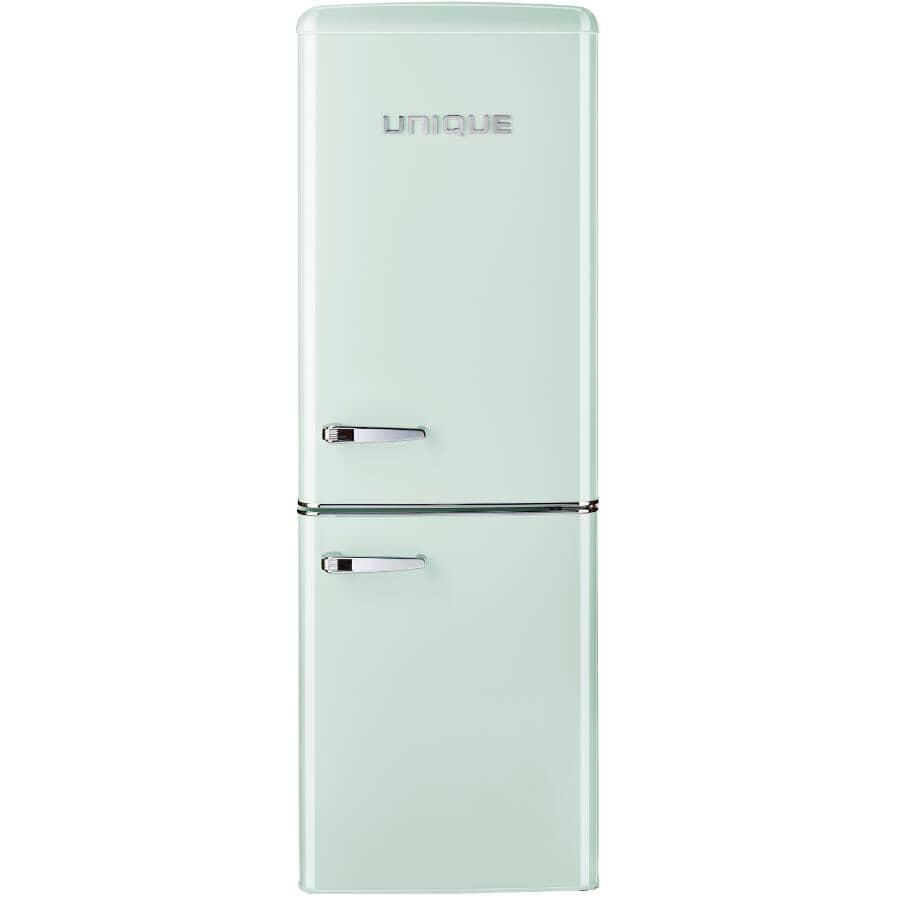 UNIQUE:7 cu. ft. Classic Retro Refrigerator - with Bottom Mount Freezer, Summer Mint Green