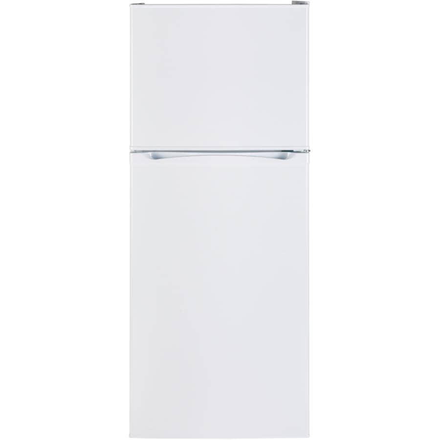 "MOFFAT:24"" 12 cu. ft. Top Freezer Refrigerator (MPE12FGKWW) - White"
