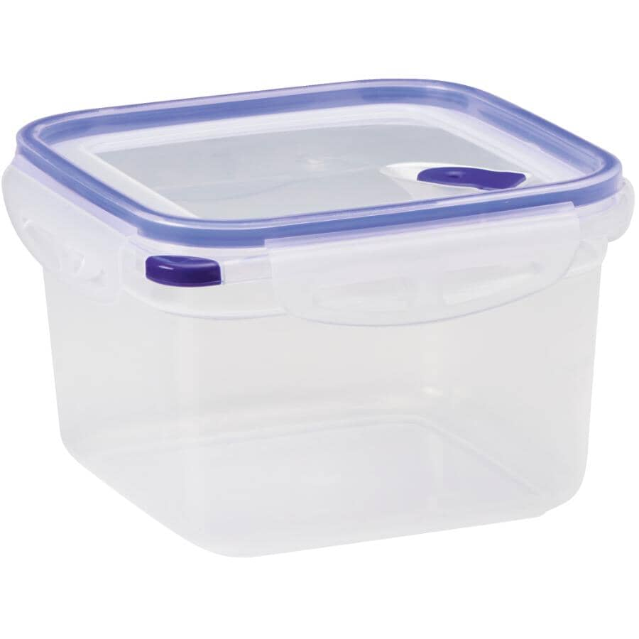 STORE N LOCK:Square Plastic Stackable Container - 1.7 L