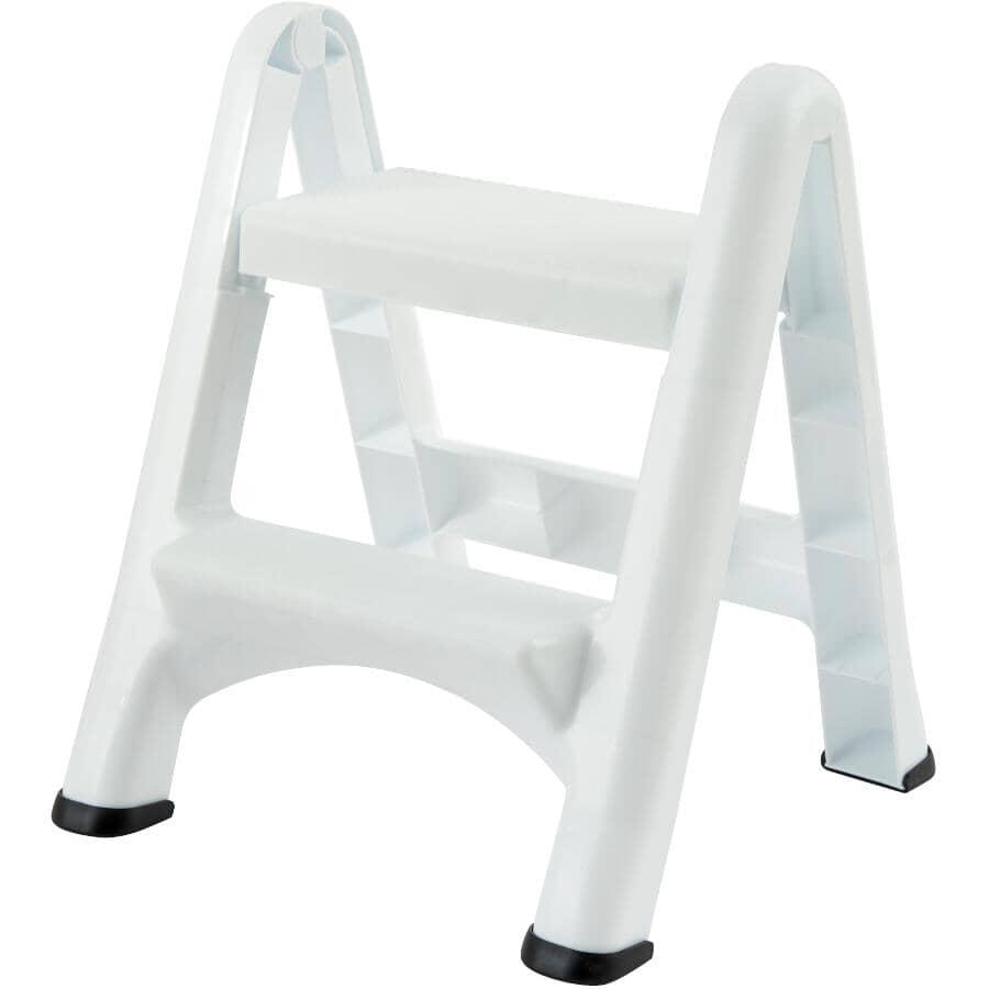 RUBBERMAID:2-Step White Folding Step Stool