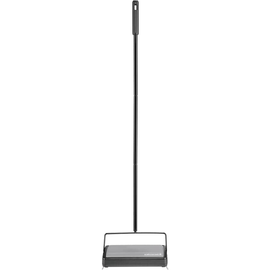 BISSELL:Sturdy Manual Floor and Carpet Sweeper