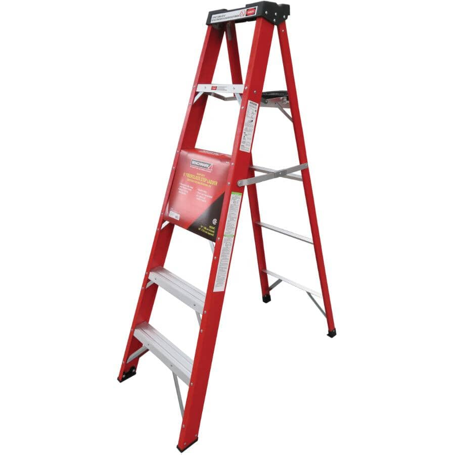 BENCHMARK:6' #1 Fibreglass Step Ladder, with Paint Tray