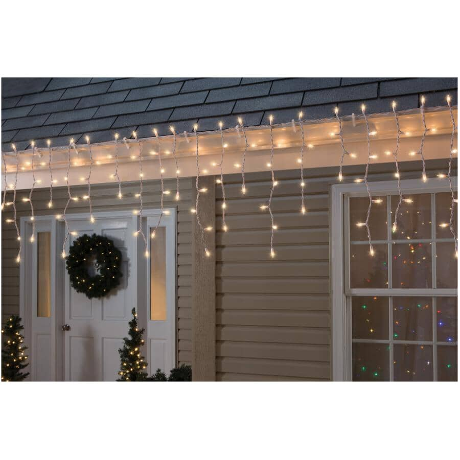 INSTYLE HOLIDAY:150 Incandescent Clear Icicle Light Set