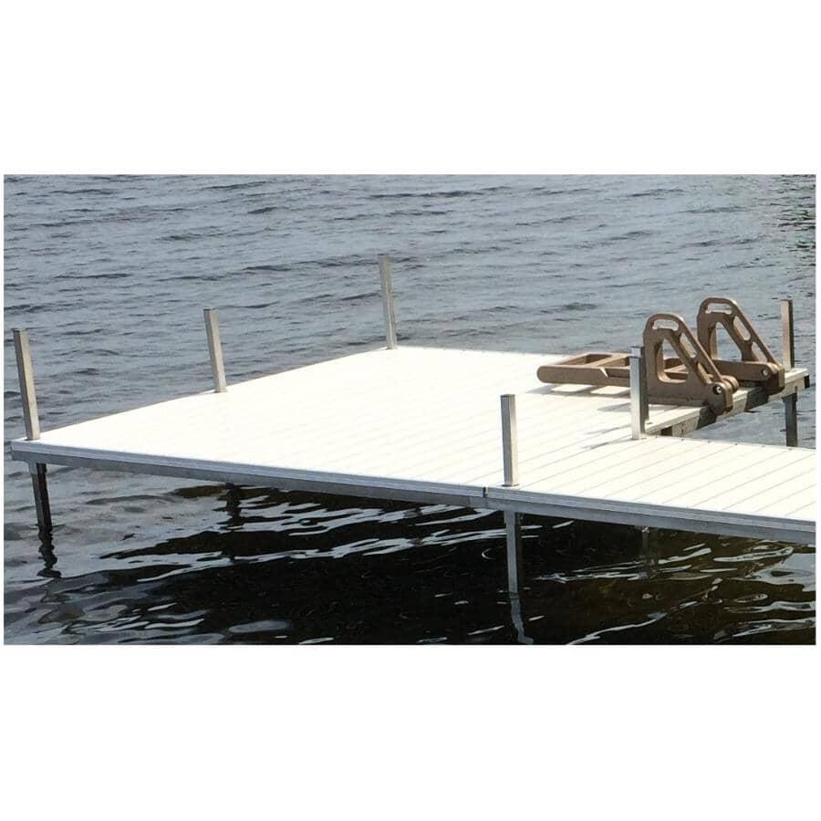 DOCKMASTER:Patio Dock Kit - 8' x 10'