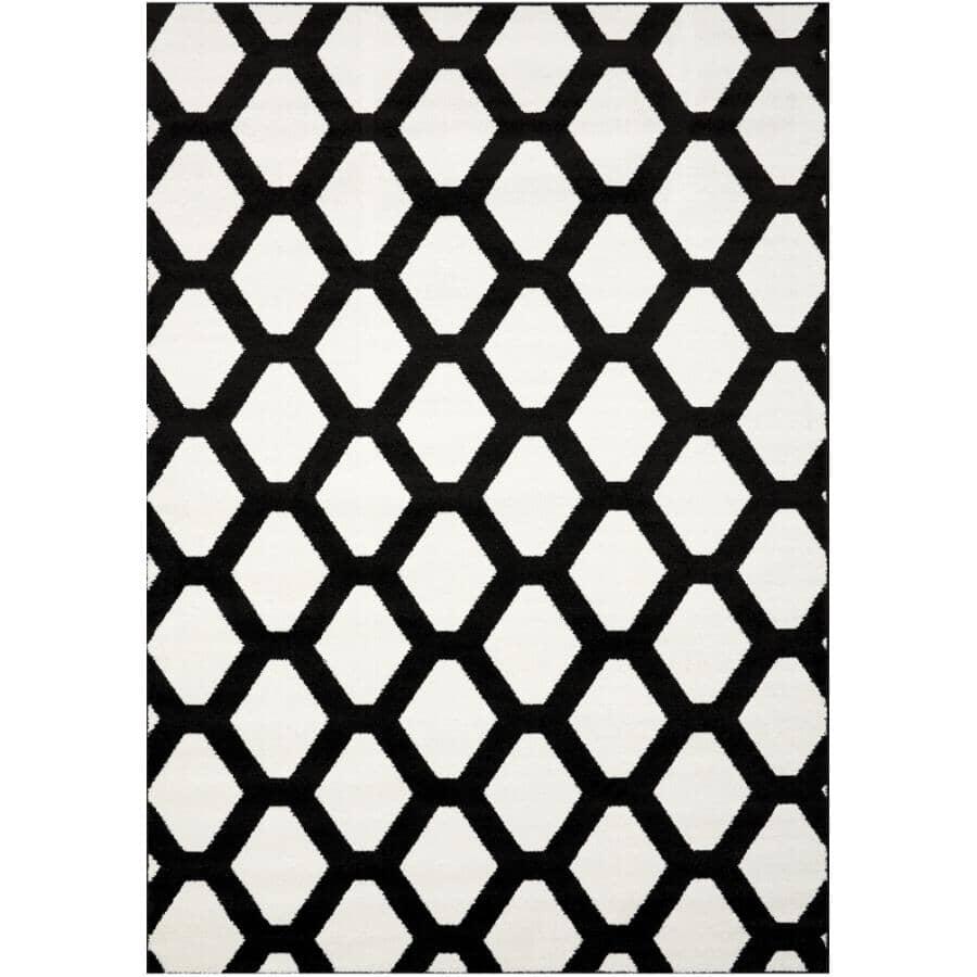 KALORA INTERIORS:6' x 8' Century Area Rug - White + Black Diamond Pattern